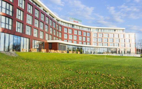 Courtyard by Marriott Wolfsburg - Außenansicht Seeseite